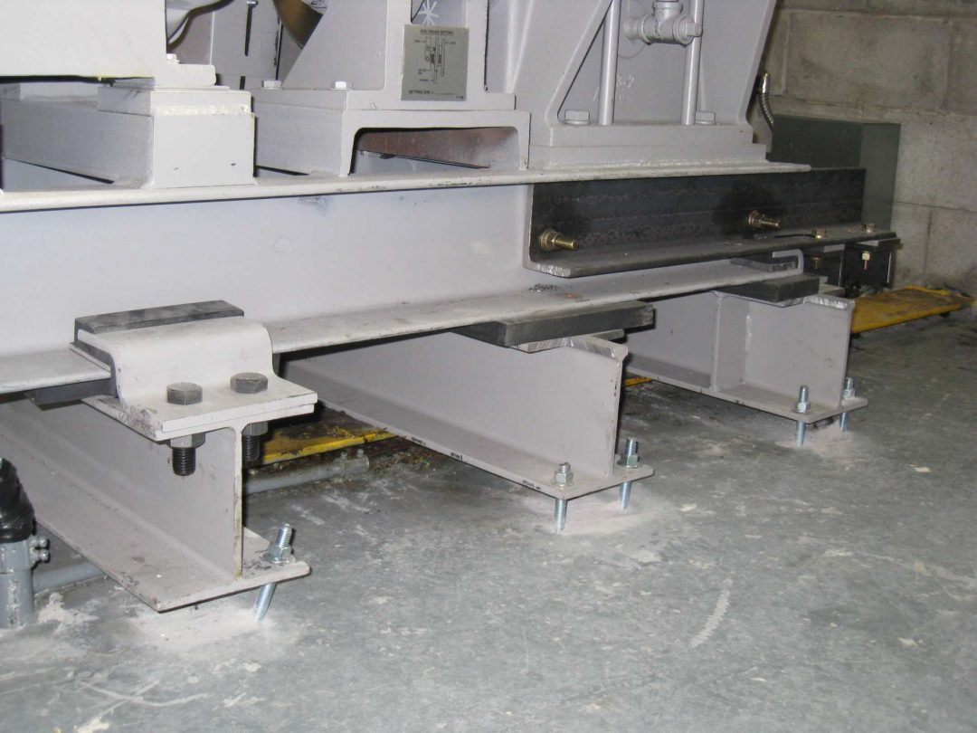 Inadequate fastening of main elevator support beams