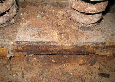 Severe corrosion of pit steel